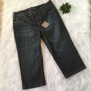 NWT Ann Taylor Capri Jeans Size 2